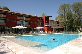 Esterno Pool