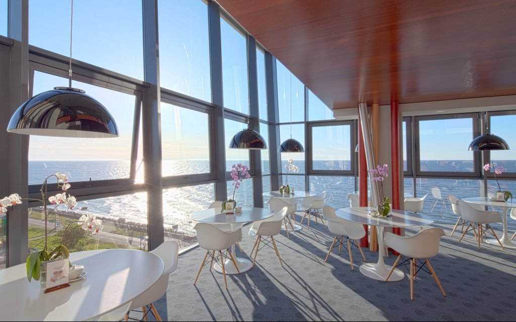 Kolberg Hotel Marine Cafe Ausblick