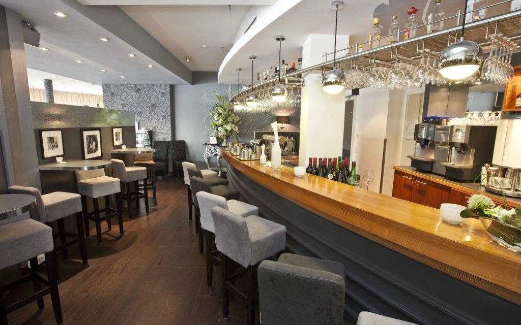 Rees Hotel Rheinpark Rees Bar