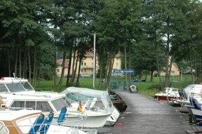 1 sommer bw seehotel marina steg