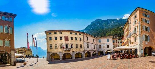 Panoramica Portici Riva