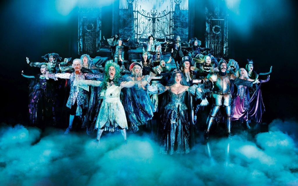 Tanz der Vampire Musical-Darsteller auf der Bühne