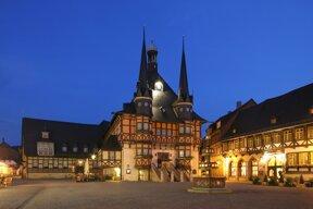 Wernigerode Rathaus Nacht c Wernigerode Tourismus GmbH
