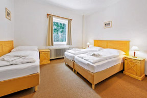 Drei-Betten-Zimmer-Hotel ui Tri Ruze