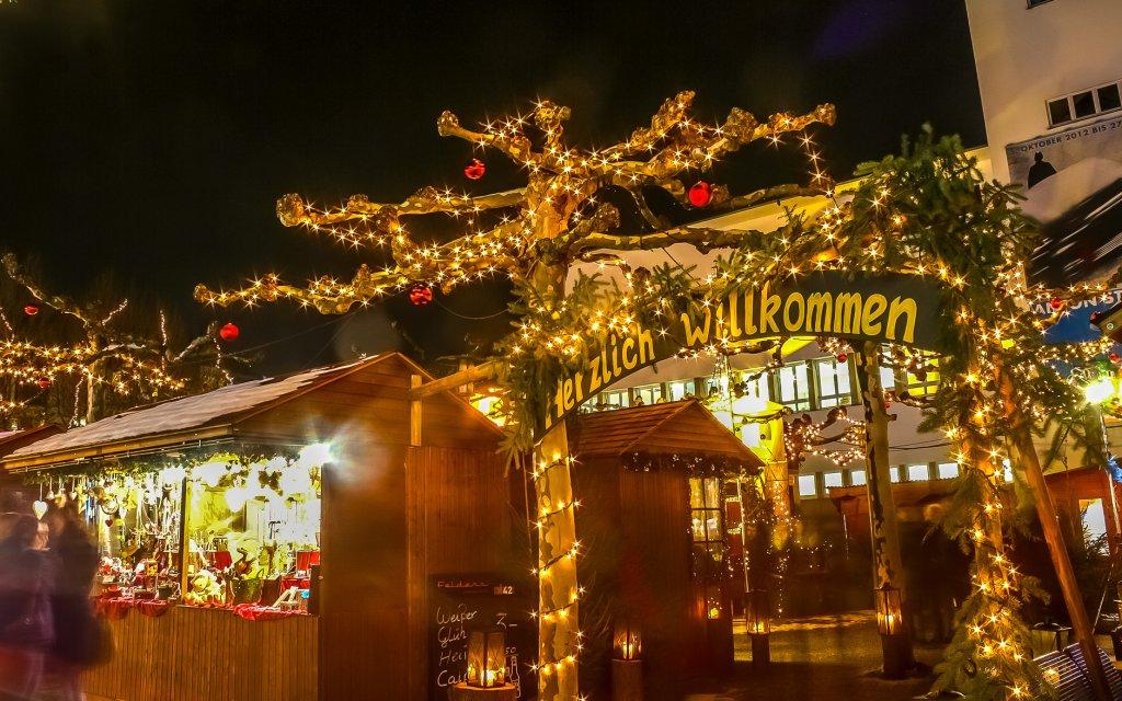 Eingang des Weihnachtsmarktes in Friedrichshafen