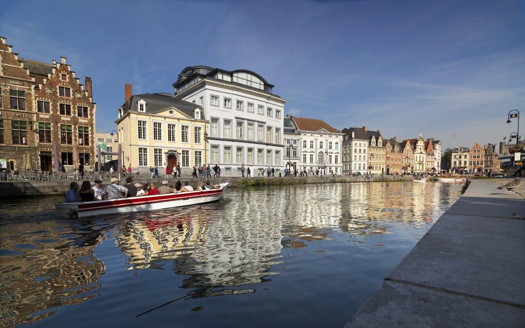 Häuserfront und Kanal in Gent