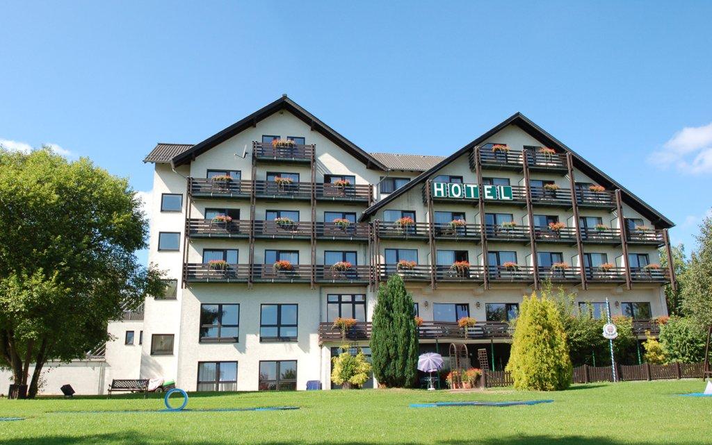 Willebadessen  Hotel der Jägerhof aussen Außenansicht