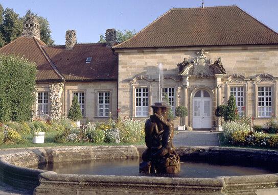 Bayreuth Eremitage mit Brunnen