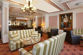 17 Resort Hvezda Cafe Imperial 02