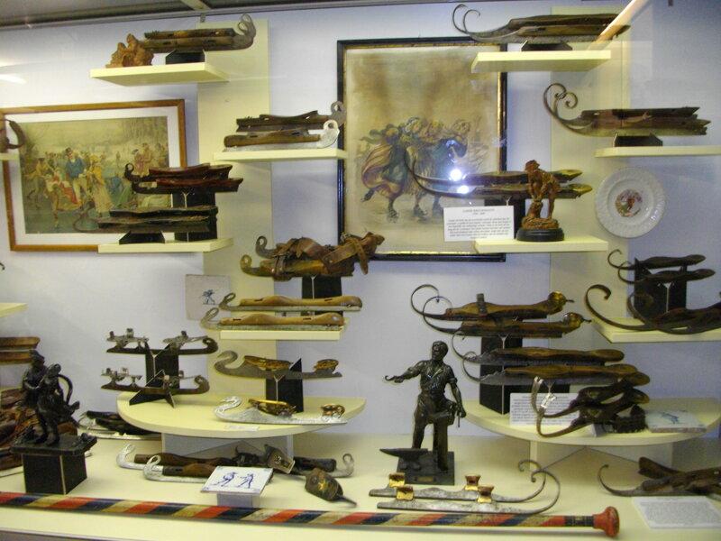 Vitrine Schlittschuhmuseum