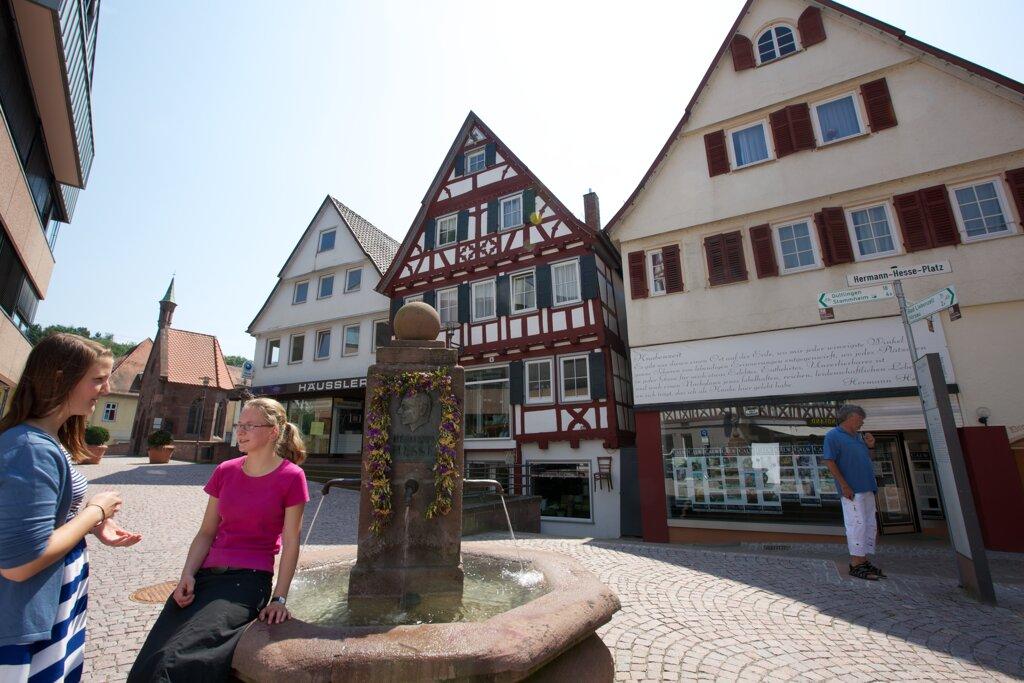 Hermann-Hesse-Platz c Stadt Calw