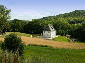 Goethe Gartenhaus mit Landschaft