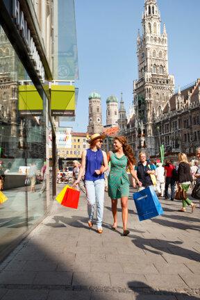 Shopping Marienplatz Muenchen Foto Christoph Mukherjee, München Tourismus