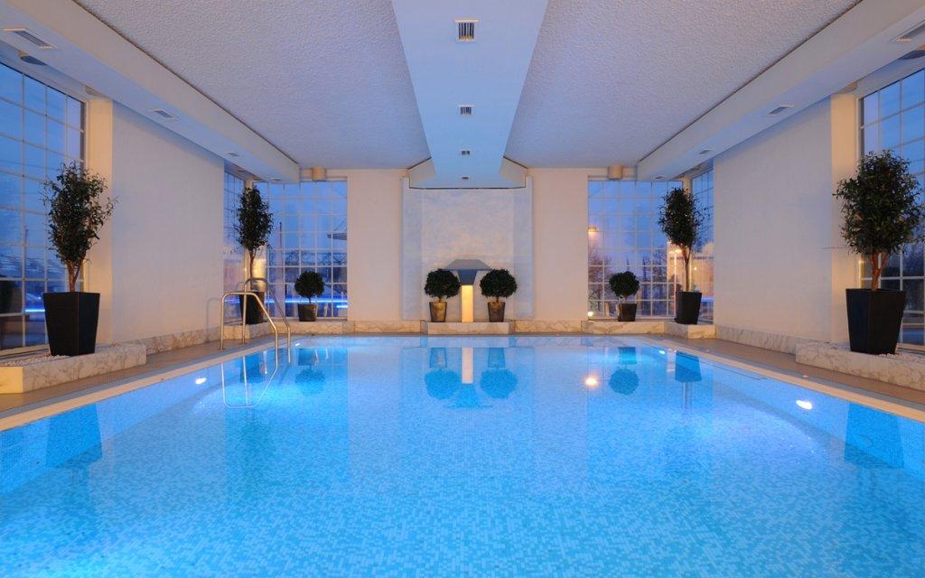 BEST WESTERN PREMIER Parkhotel Kronsberg Hannover Bad Hallenbad