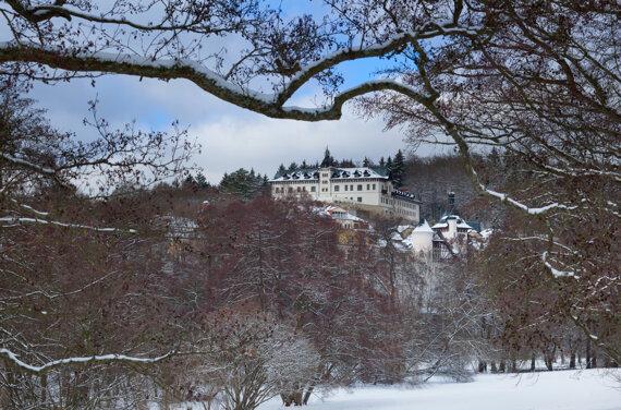 Chateau Monty Winter
