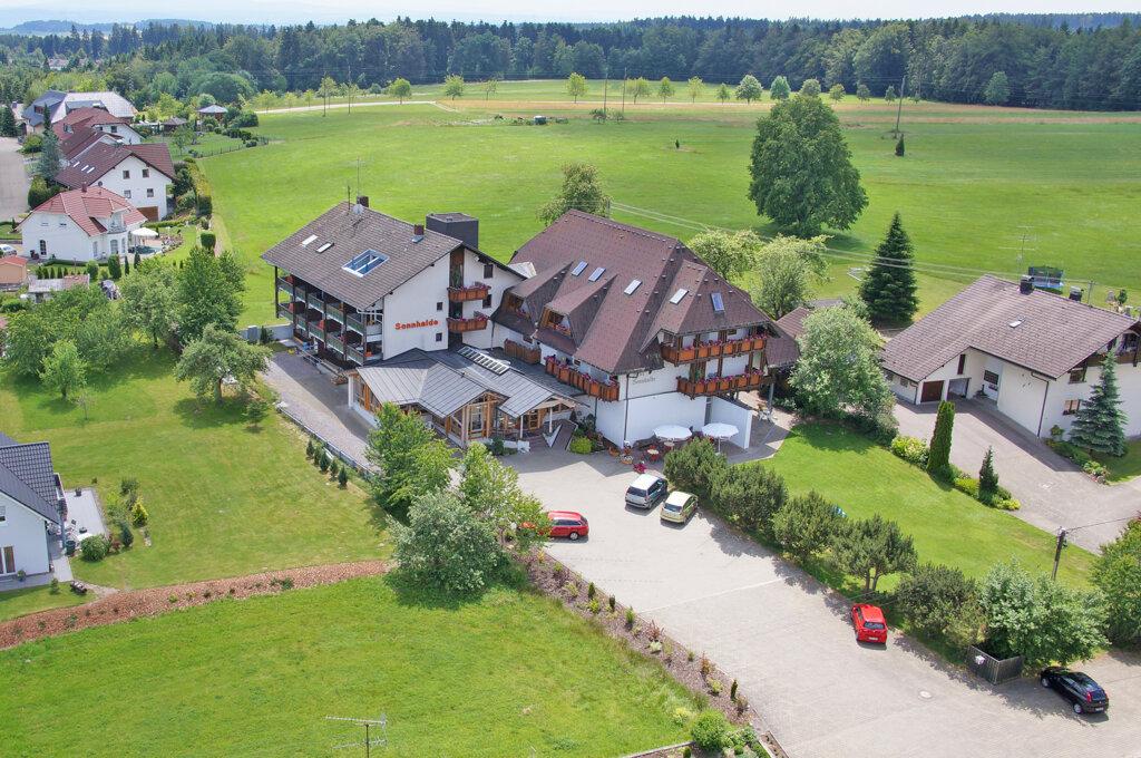 Birkendorf Hotels Sonnenhof & Sonnhalde aussen Außenansicht