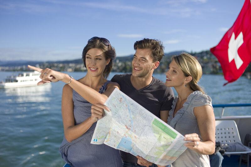 Touristen am Zürichsee
