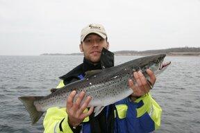 Angelguide und Fisch