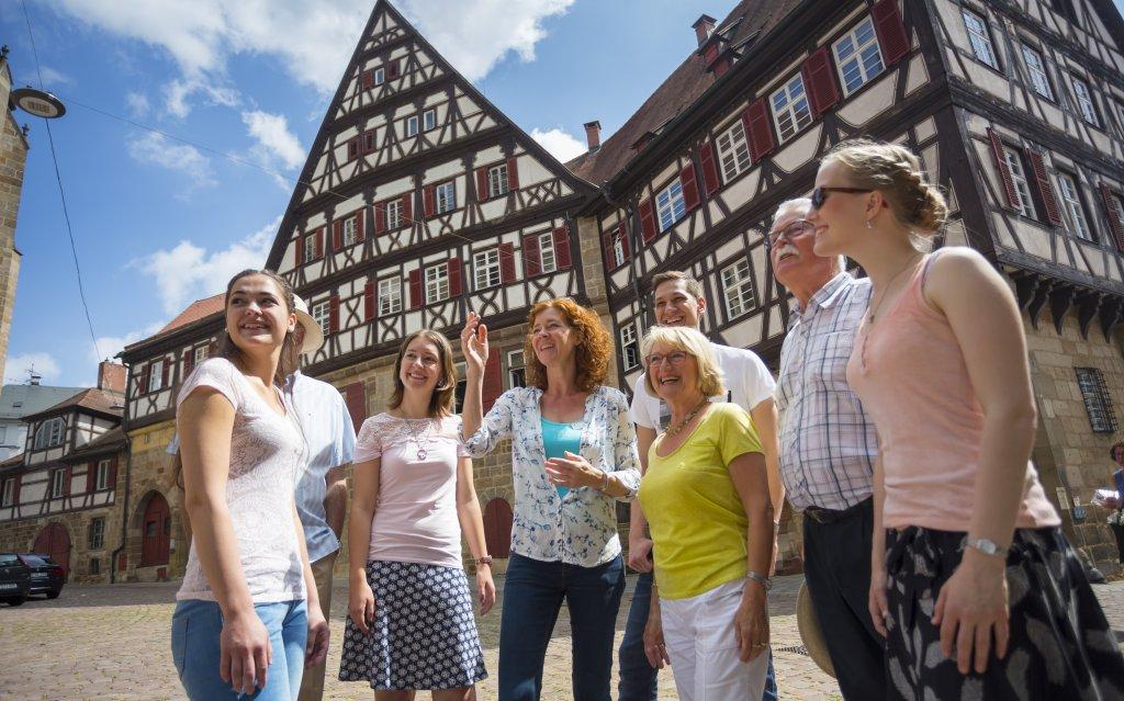 Historische Stadtführung in Esslingen mit Gruppe