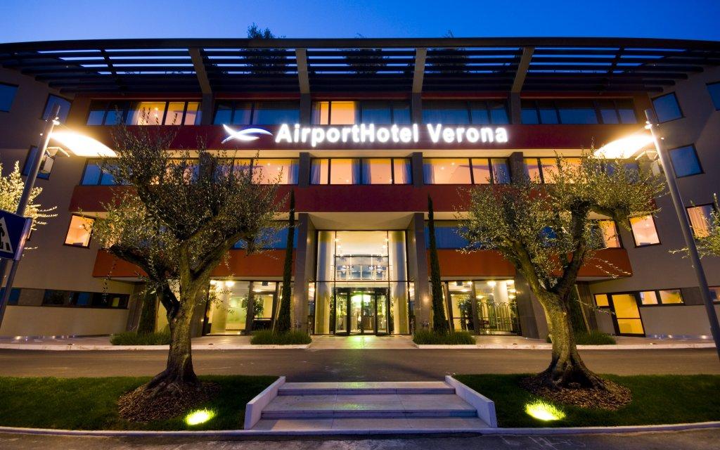 Airport Hotel Verona aussen Außenansicht