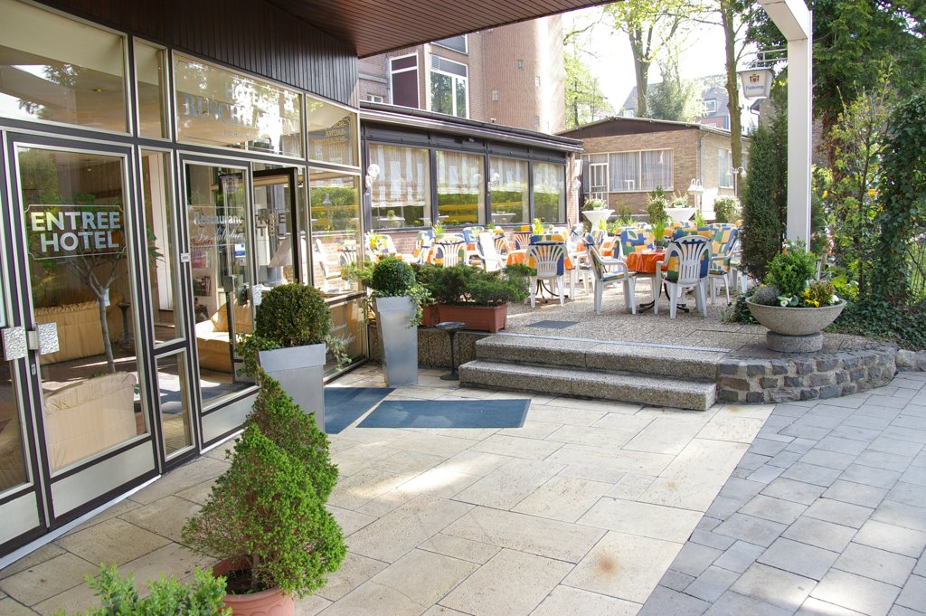 Aachen Hotel Buschhausen Terasse Eingang