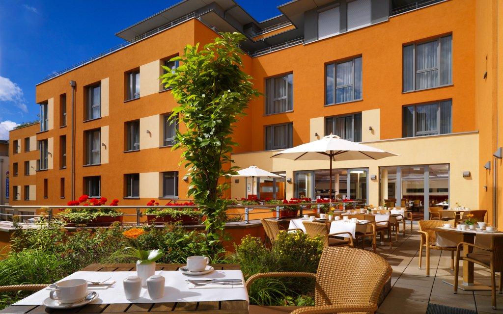 Best Western Hotel Bamberg Terasse Außenansicht