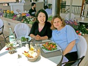 Mittagessen mit Mami Fukuchi Sales Managerin c Sanja