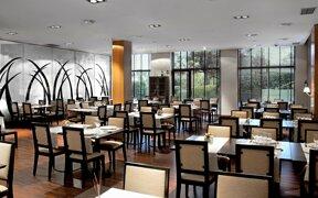 Garden Restaurant2