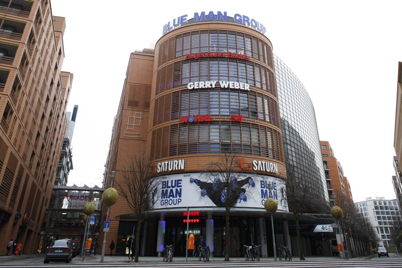 Bluemax-Theater in Berlin von außen