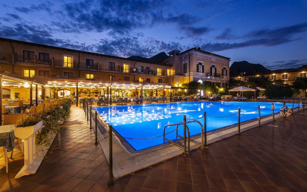 Hotel Antico Monastero Pool