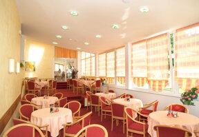 Restaurant Riviera 3