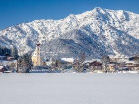 Waidring Winteransicht c Kitzbüheler Alpen Marketing GmbH rolart-images