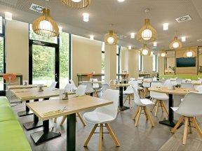 S8 Breakfast Area