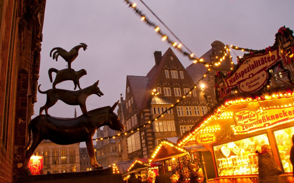 Die Bremer Stadtmusikanten auf dem Weihnachtsmarkt Bremen