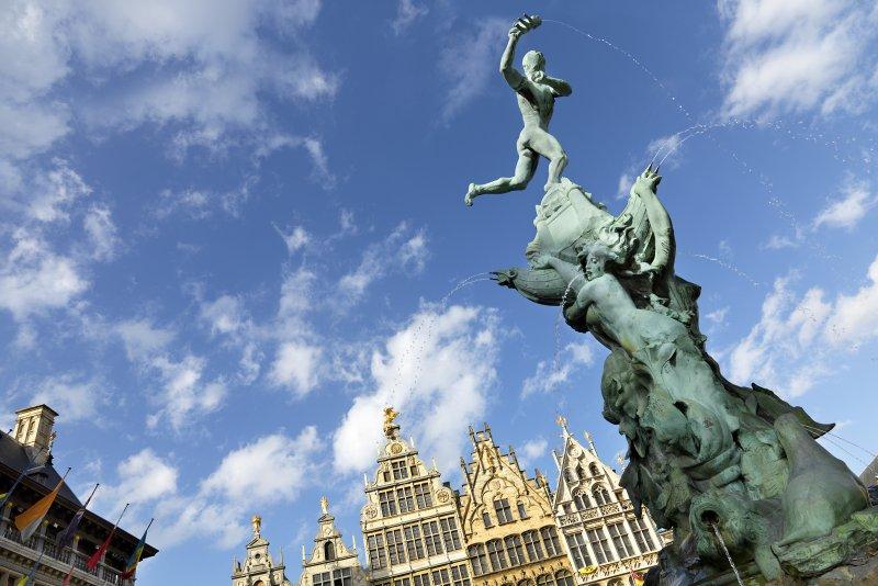 Brabo Statue Antwerpen