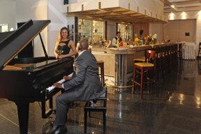 Bar mit Piano
