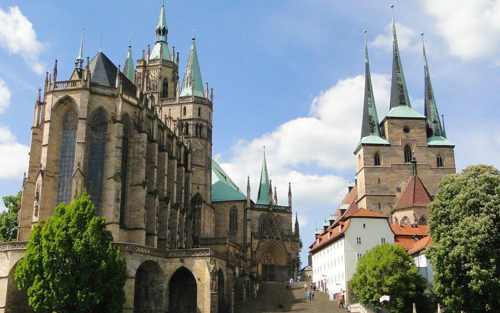 Domplatz Erfurt mit Mariendom und Severikirche