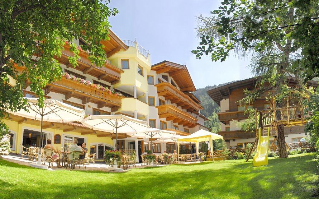 Hotel Pinzger Außenansicht