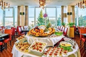 AHORN-Hotel-Am-Fichtelberg-Halbpensionsrestaurant 1