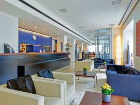 sorell-hotel-seefeld lobby lounge-1