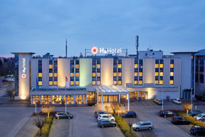 h-hotels aussenansicht-abend-03-h4-hotel-leipzig Original (kommerz. Nutzung)  dfbb6716