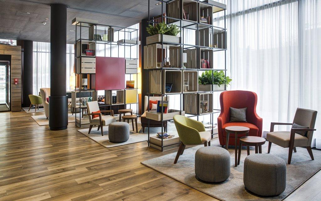 IntercityHotel Duisburg Lobby
