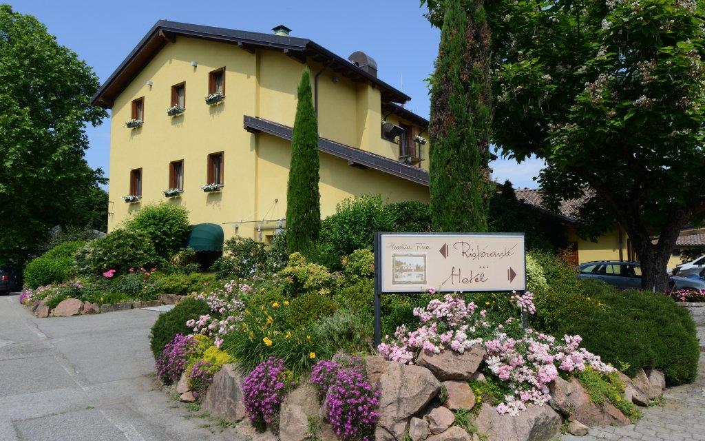 Varese Hotel Vecchia Riva aussen Außenansicht
