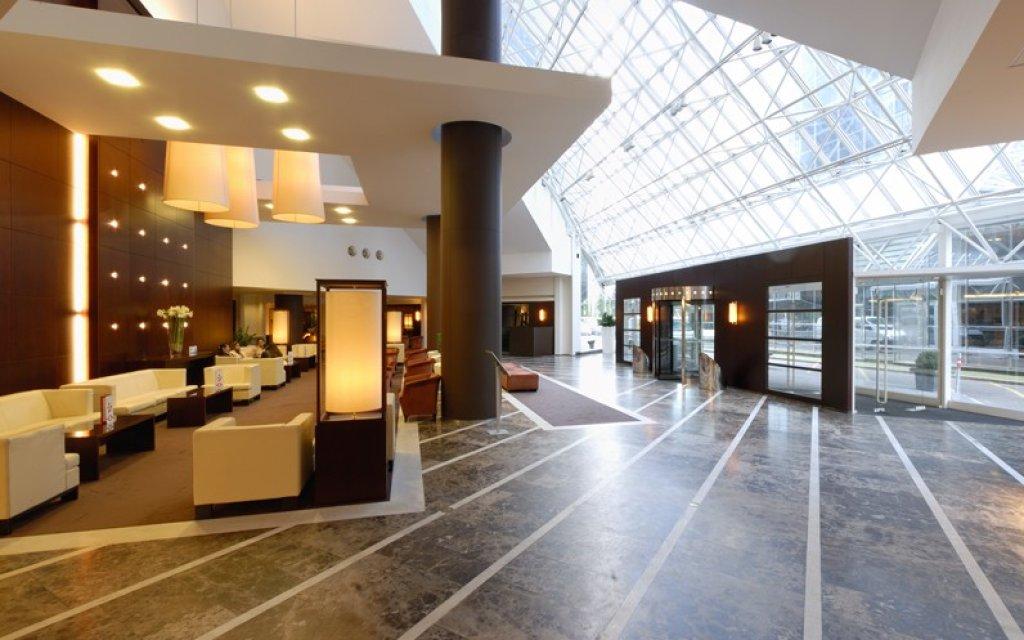 Mercure Antwerp City South Lobby