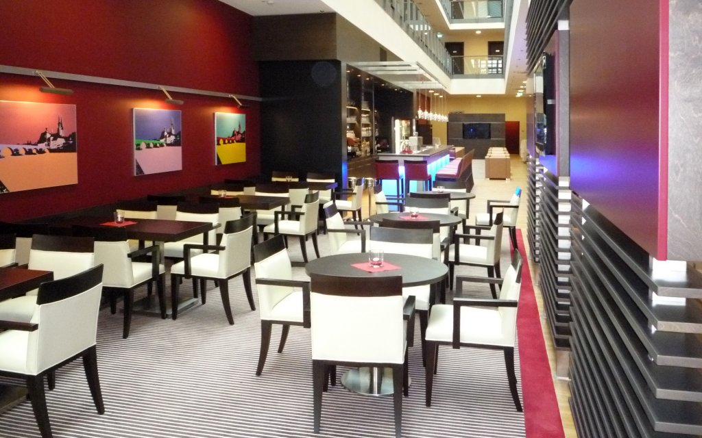 Best Western Premier Hotel Regenburg Bar Lobby