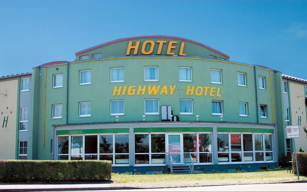 Highway Hotel Herbolzheim aussen Außenansicht