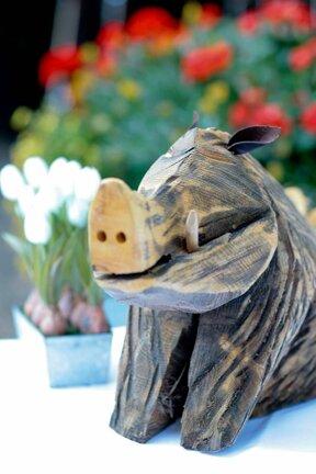Wildschwein aus Holz