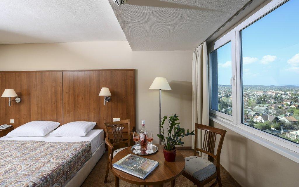 Balatonalmádi Hunguest Hotel Bál Resort Zimmer Ausblick