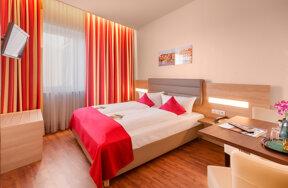 Standard-Zimmer 01 c Hotel