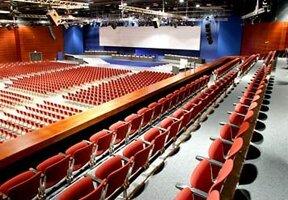 Veranstaltungs- und Kongresshalle